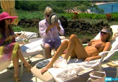 ef124_the-real-housewives-of-beverly-hills-brandi-glanville-in-bathing-suit-455x317